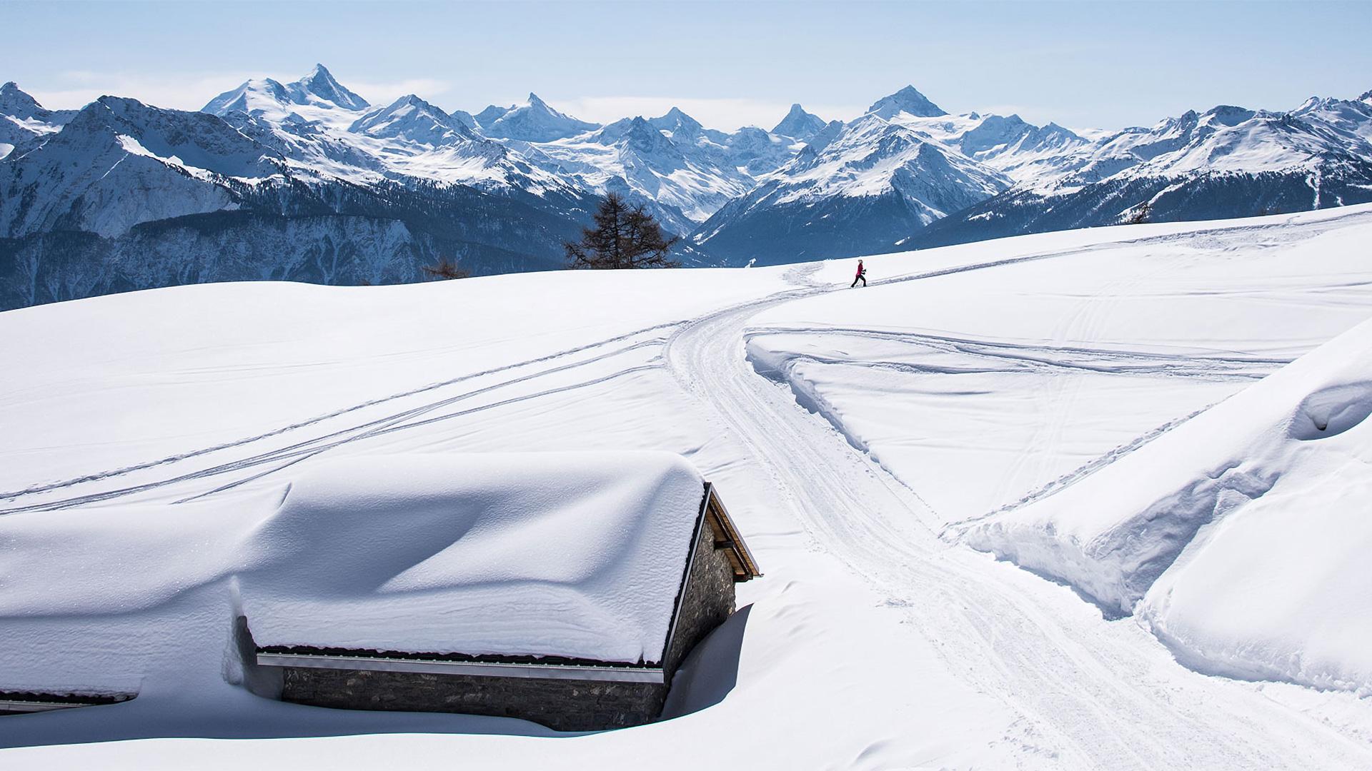 Crans-montana-ski-touring